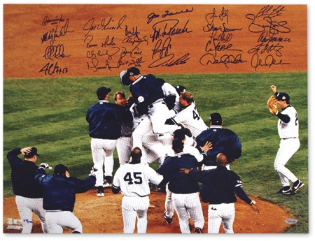"1999 New York Yankees Team Signed World Series Game 4 Photograph (16x20"")"