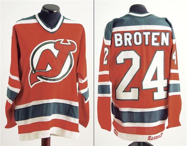 best service 9a207 a582d 1982-83 Aaron Broten New Jersey Devils Game Worn Jersey