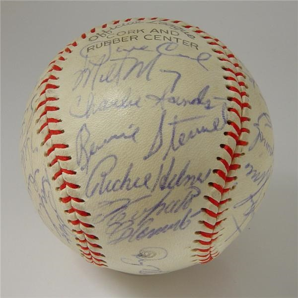 1971 Pittsburgh Pirates Team Signed Baseball