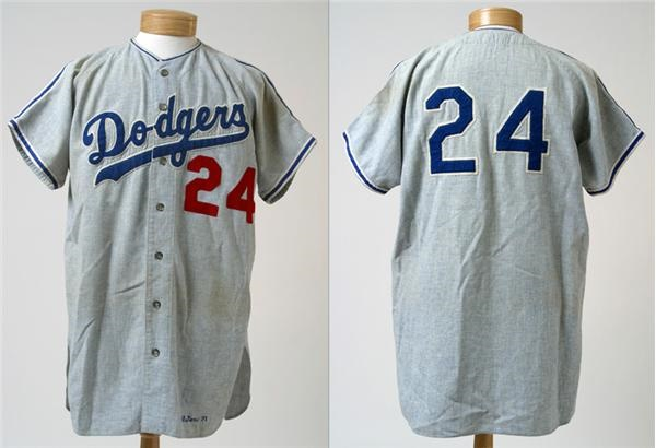 brand new 64892 bc26a Lelands.com - Jackie Robinson & Brooklyn Dodgers - Past ...
