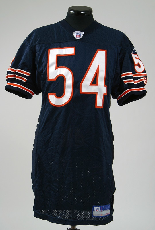 new arrival 01fb1 58486 Brian Urlacher Game Worn and Signed Bears Jersey