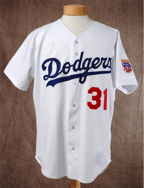 1997 Mike Piazza Game Worn Dodgers Jersey with Robinson Patch