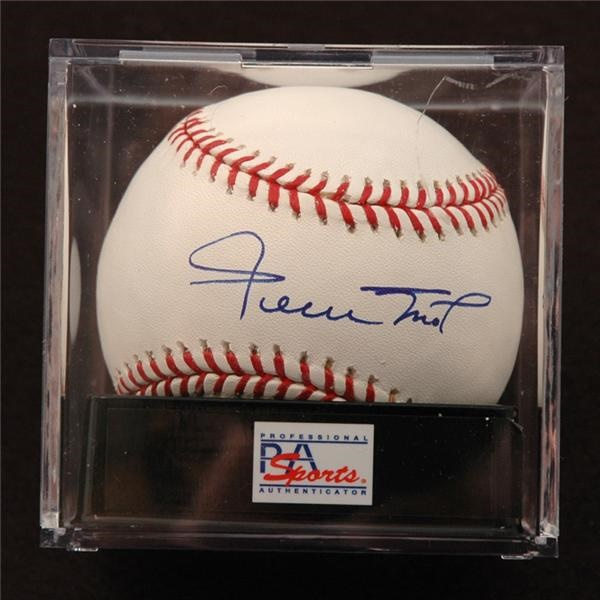 Willie Mays Single Signed Baseball PSA 10