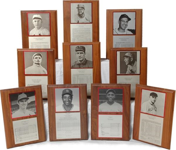 Cardinals Hall of Fame Plaque Collection (49)
