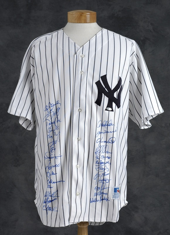 2000 New York Yankees Team Signed Jersey