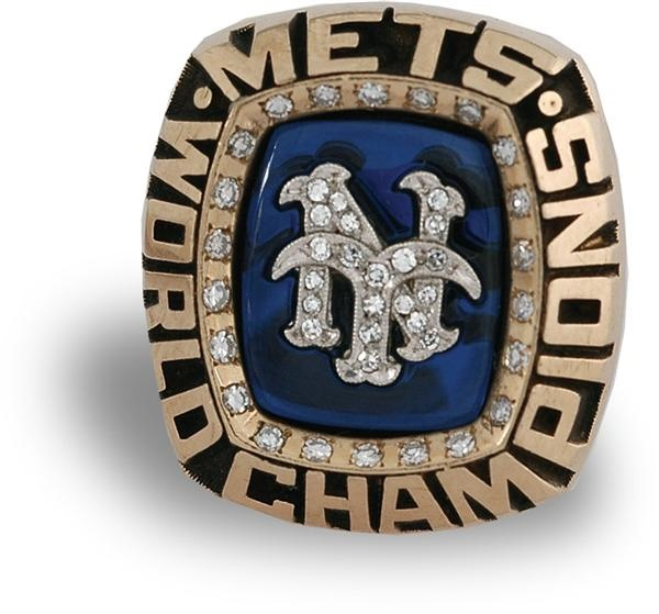 1986 New York Mets World Champions Ring Top