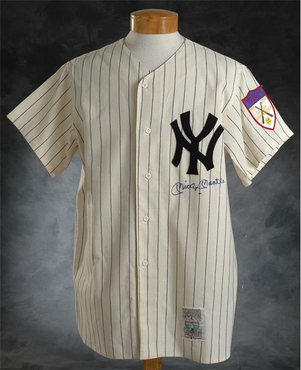 meet c7247 82f64 Mickey Mantle Autographed 1951 Mitchell & Ness Yankees Jersey