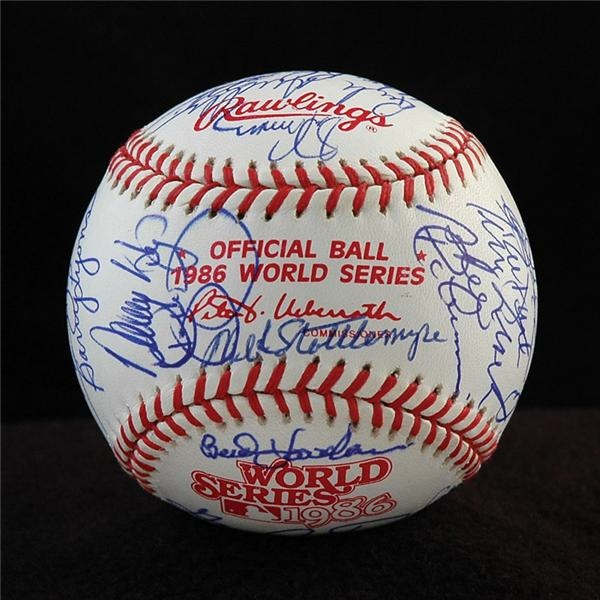 1986 New York Mets Team Signed World Series Baseball