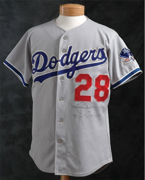 1983 Pedro Guerrero L A  Dodgers Jersey with 25th Anniversary Patch
