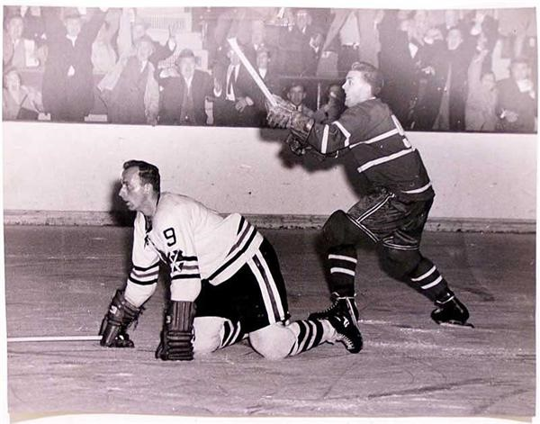 1952 Al Rollins 325th Goal Oversized Photo with Maurice Richard
