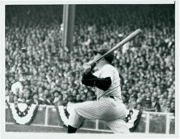Mantle Hits World Series Homer (1960)*