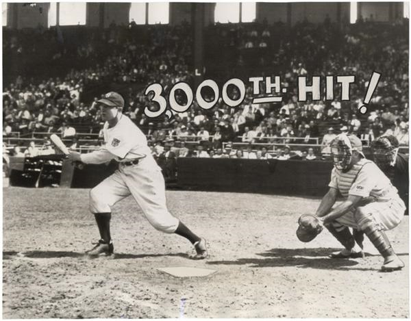 Paul Waner 3000th Hit Wire Photo (1940's)