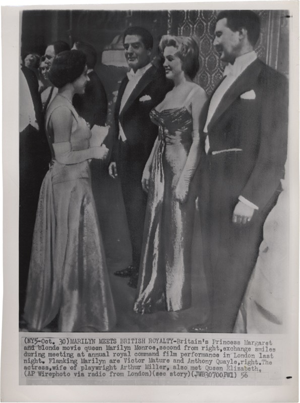 Legendary Movie Actress Marilyn Monroe Meets British Royalty Wire Photo(1956)