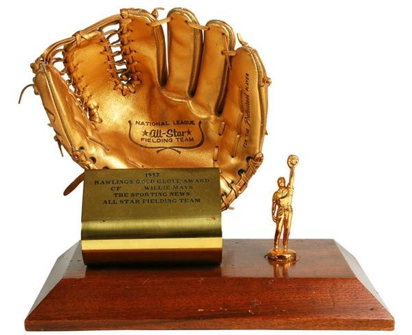 1957 Willie Mays' First Gold Glove Award