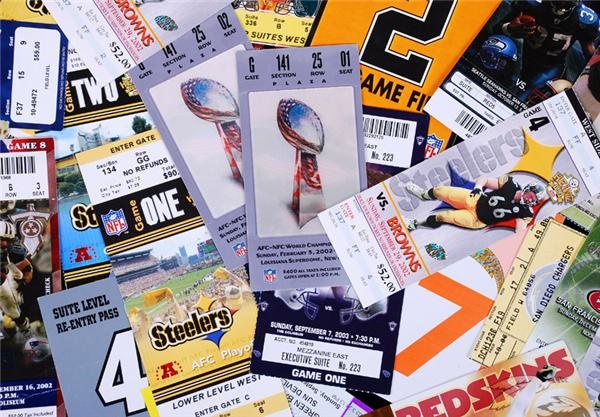 Super Bowl, Play-Off & Regular Season NFL Football Tickets & Passes (128)