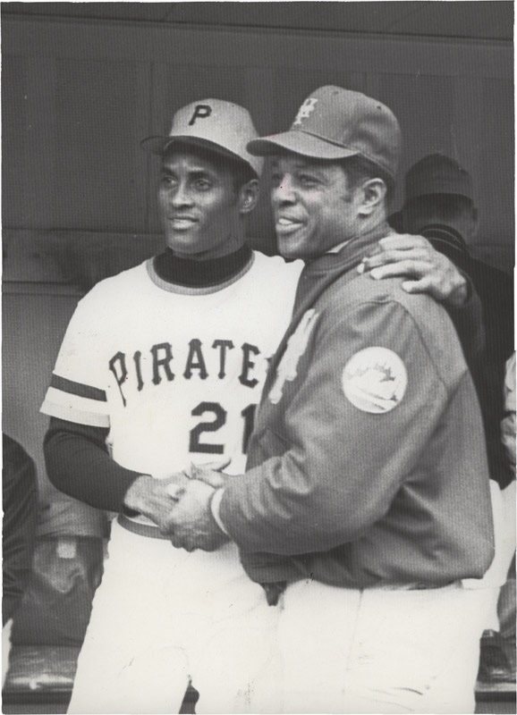 Roberto Clemente and Willie Mays (1972)