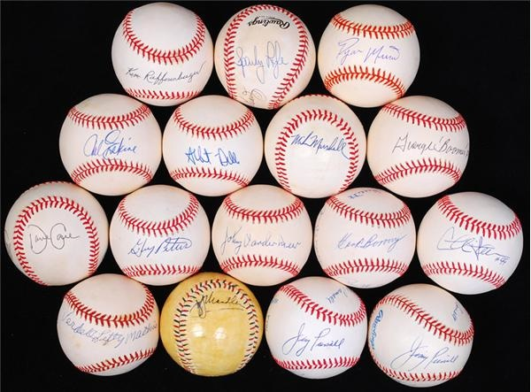 Autographed Baseball Collection (45)