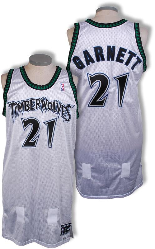 huge discount 930fa 970a5 1999-2000 Kevin Garnett Minnesota Timberwolves Game Worn Jersey