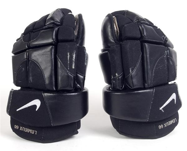 Hockey Equipment - November 2008 Catalogue