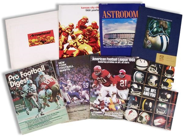 Football - November 2008 Catalogue