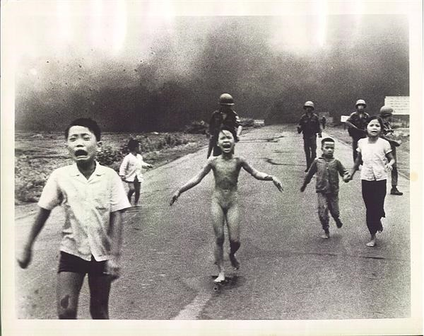Huynh Cong Ut - Pulitzer Prize Winning Photograph (1973)