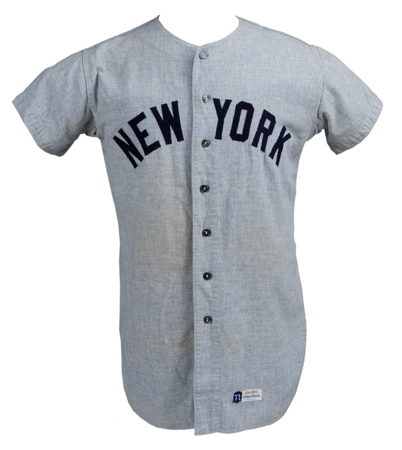 NY Yankees, Giants & Mets - December 2011 Catalog
