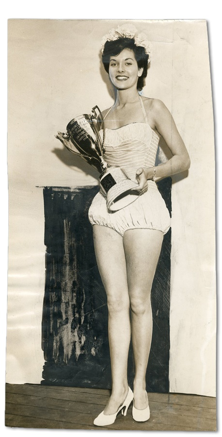 1954 Lee Meriwether Beauty Pageant Photo