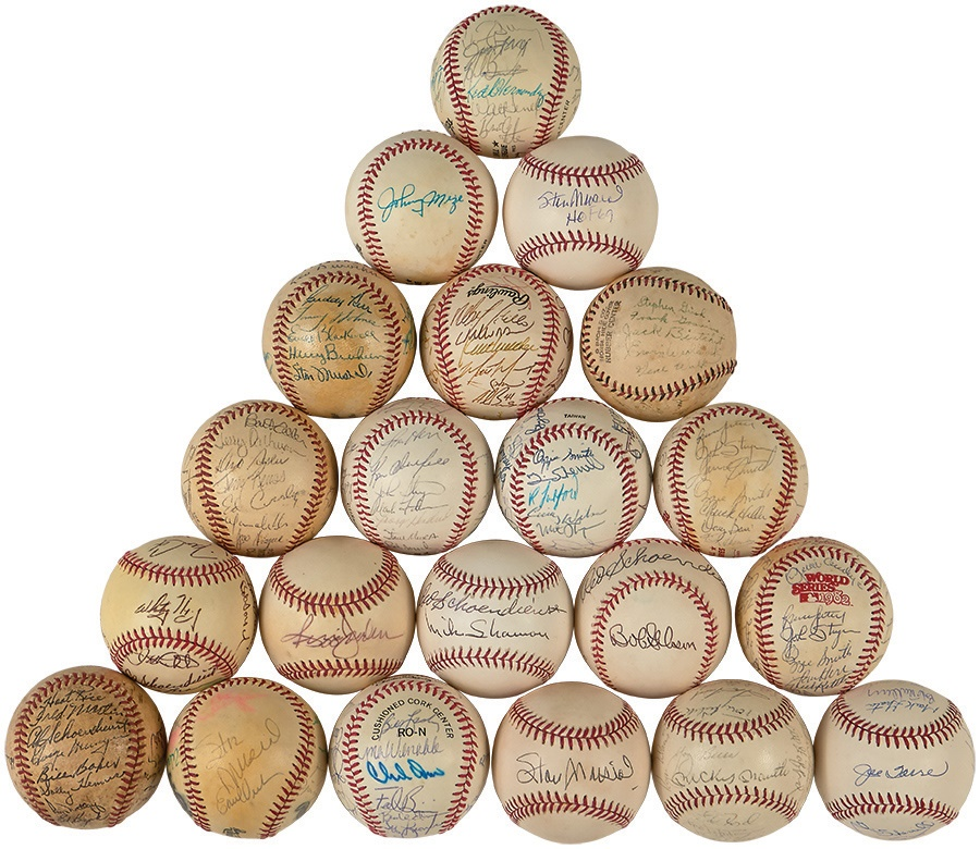 Lelands com - Fall 2014 - Sports and Collectible Auction