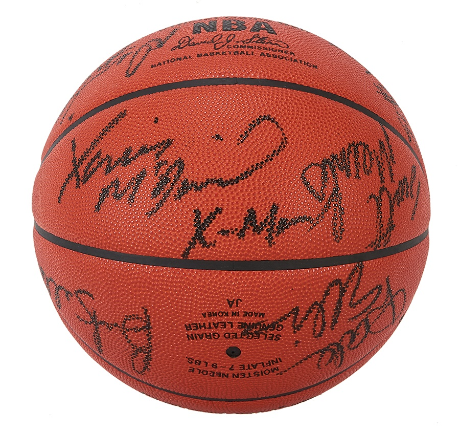 1989-90 Seattle Supersonics Team Signed Basketball