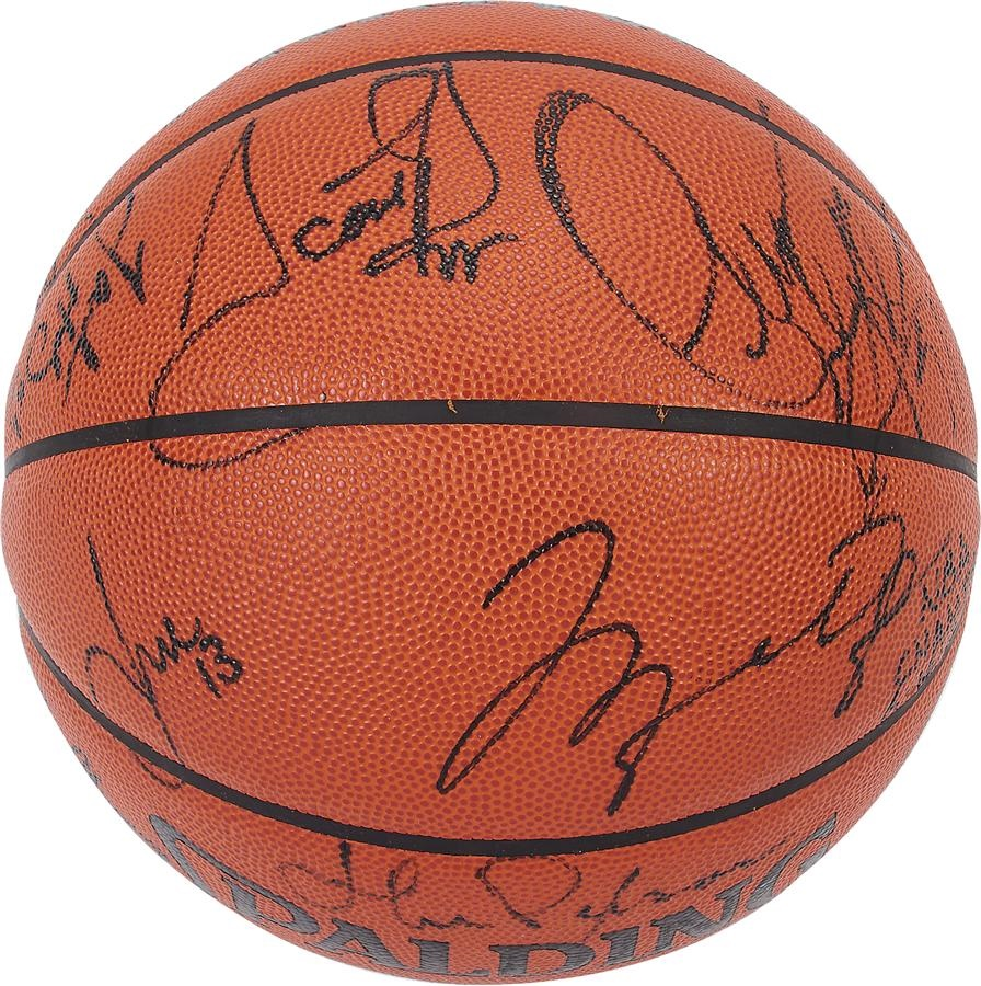 Basketball - Winter 2015 Catalog Auction