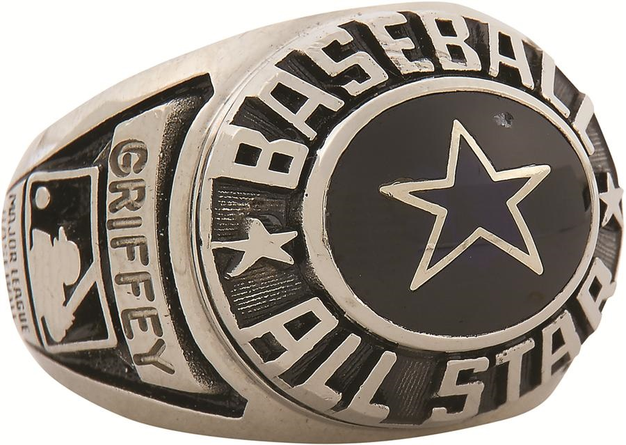 Sports Rings And Awards - Fall 2016