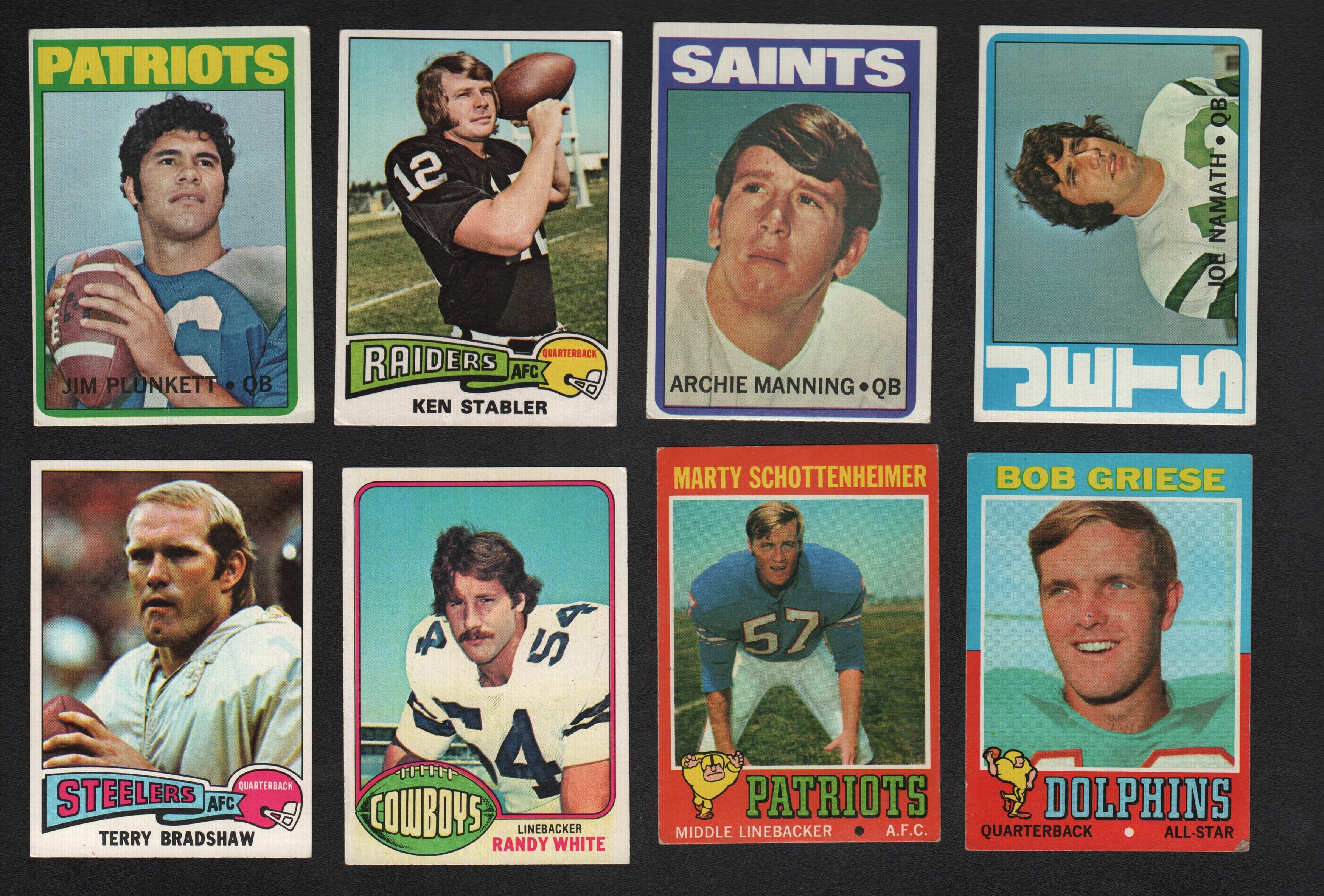 1970s Topps Football, Basketball, and Hockey Cards Lot of 1,200+