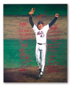 "1986 New York Mets Team Signed Large Photograph (16x20"")"