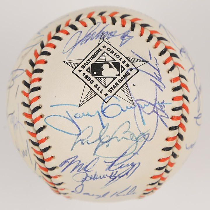 1993 National League All Star Team Signed Baseball with 7 Hall of Famers